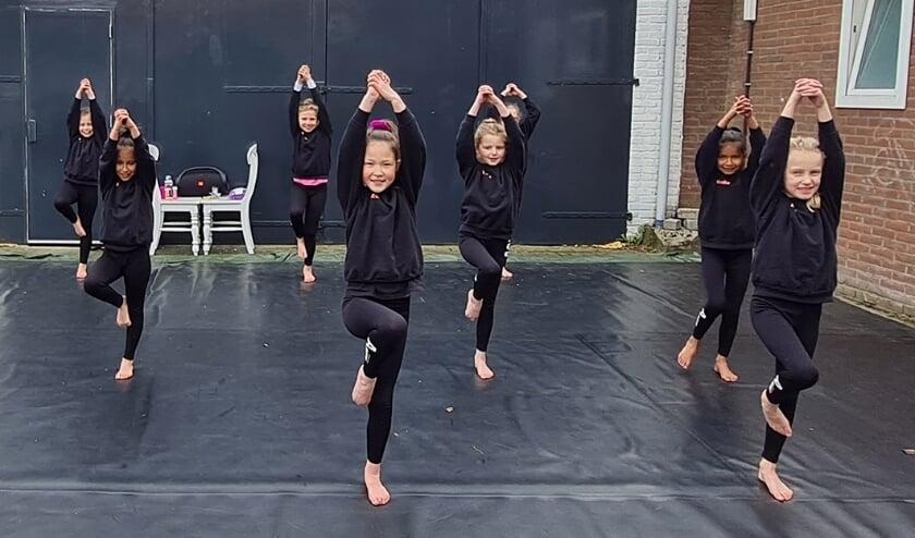 <p>Dansende kinderen</p>