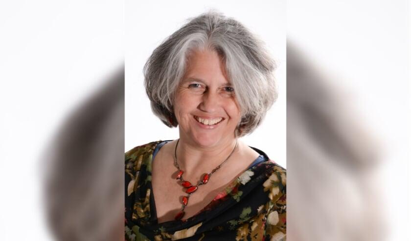 <p>Ria Bernards uit Vessem is &eacute;&eacute;n van de drie personen die het bestuur betreedt. Haar huidige beroep is beeldend docent. &nbsp;</p>