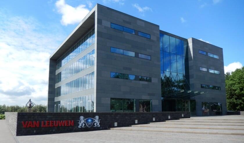 <p>Het hoofdkantoor van Van Leeuwen Buizen in Zwijndrecht.&nbsp;</p>