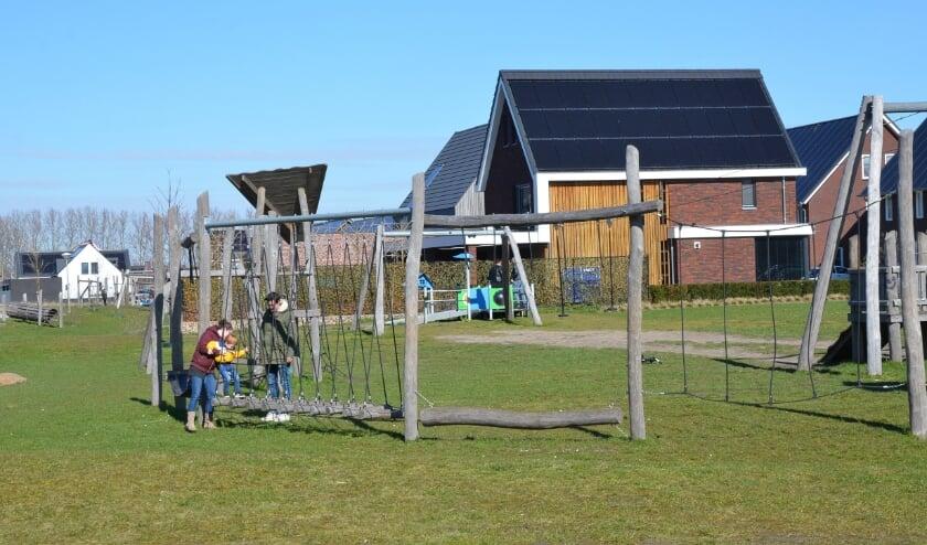 <p>De gemeente heeft klachten ontvangen over de speeltoestellen in de wijk Dijkstraten die voor overlast zouden zorgen.</p>