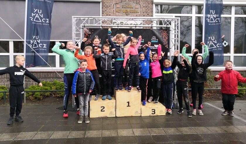<p>Deelnemers aan evenementen van Yu Man Race zijn allemaal winnaars. Dus ook de kinderen die meedoen aan de School Tour. Dat laten deze kinderen goed zien.</p>