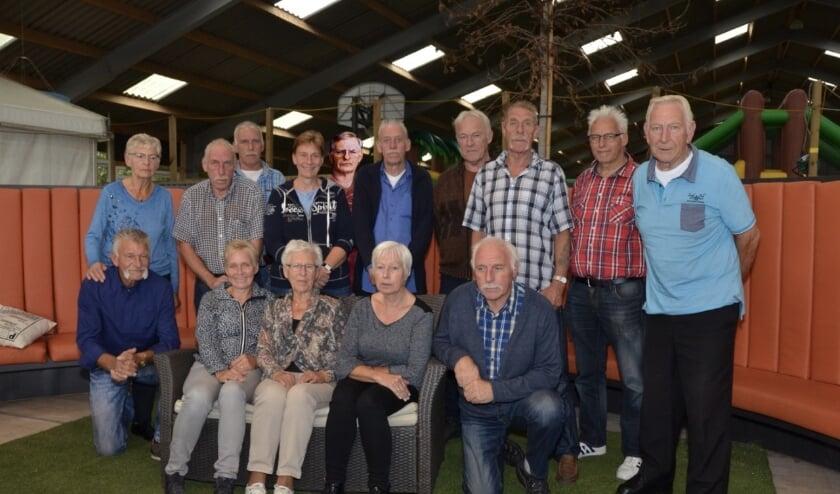 <p>De vijftien broers en zussen van de Loilse familie Rozijn.&nbsp;</p>