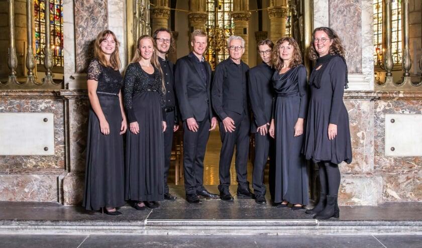 <p>Ensemble Piacevole.&nbsp;</p>