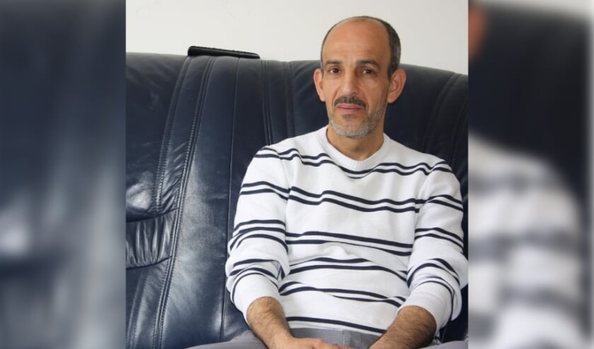 <p>Khaled Akkari is nog meer net in Nederland en runt nu al zijn eigen bedrijf.&nbsp;</p>