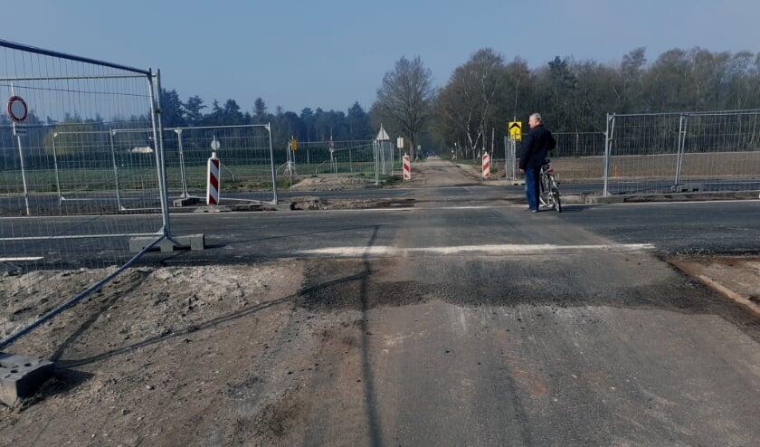 <p>Ook maken stevige vangrails langs de nieuwe N69 definitief een einde aan de &#39;Weg van Westerhoven naar Weerdt&#39;.</p>