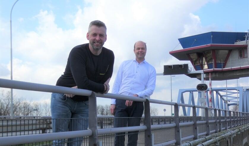 <p>Fabian Du Puy (links) en Jeroen Rijnhout: &bdquo;&#39;Nexus&#39; staat voor verbinden. Nexus Helpt! slaat een brug tussen Nexus en andere lokale ondernemers die een extra duwtje in de rug kunnen gebruiken qua kennis.&quot;</p>