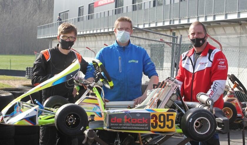 <p>Links staat Jim van Ameijden die op zijn debuut tweede is geworden.&nbsp;</p>
