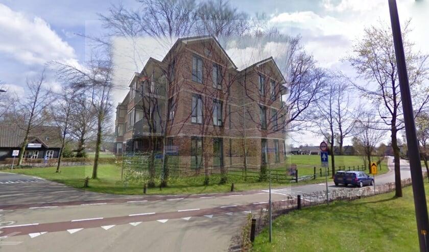 <p>Om een indruk te geven van het beeld dat het huidige plan oplevert is in een fotomontage van een vergelijkbaar appartementgebouw door CDA Nunspeet geprojecteerd in het plangebied.</p>