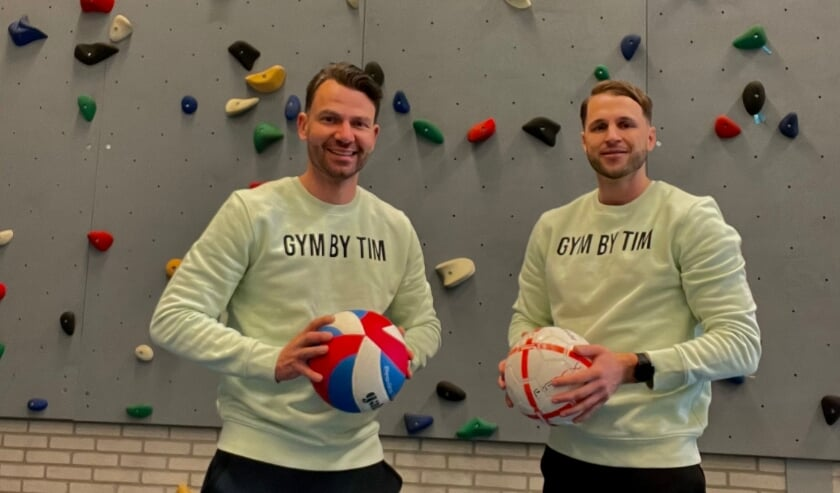 <p>Bart Holleman en Tim Gras willen met hun bedrijf Gymbytim kinderen laten kennismaken met verschillende sporten.</p>