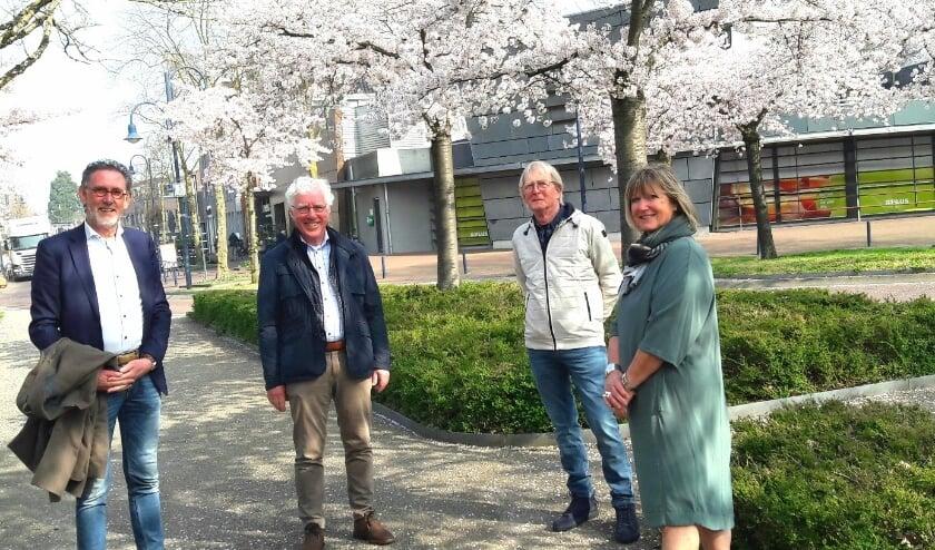 <p>De vier Bennekommers die een hoofdrol spelen bij GemeenteBelangen, v.l.n.r. Henk Righolt, Koos van Boven, GertJan Koster en Jet Verhoeff</p>