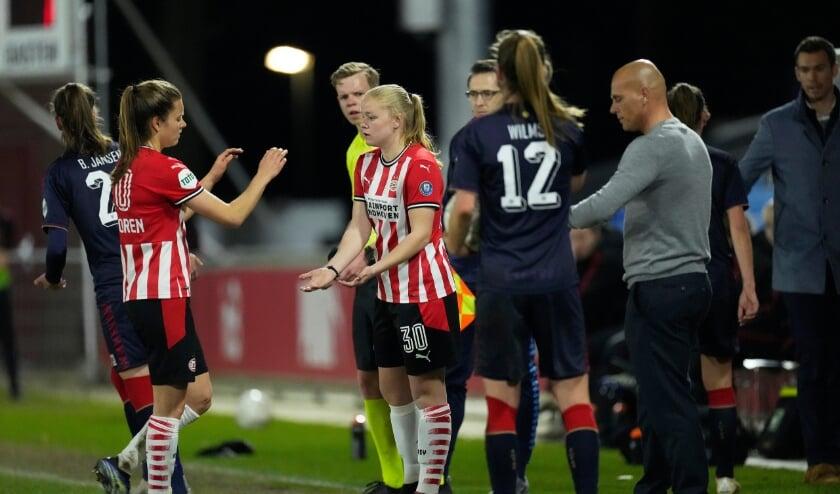 <p>Janneke Verheijen: &#39;Het was supermooi toen ik langs het veld stond en besefte dat ik erin mocht.&#39; (Foto: PSV Media).</p>