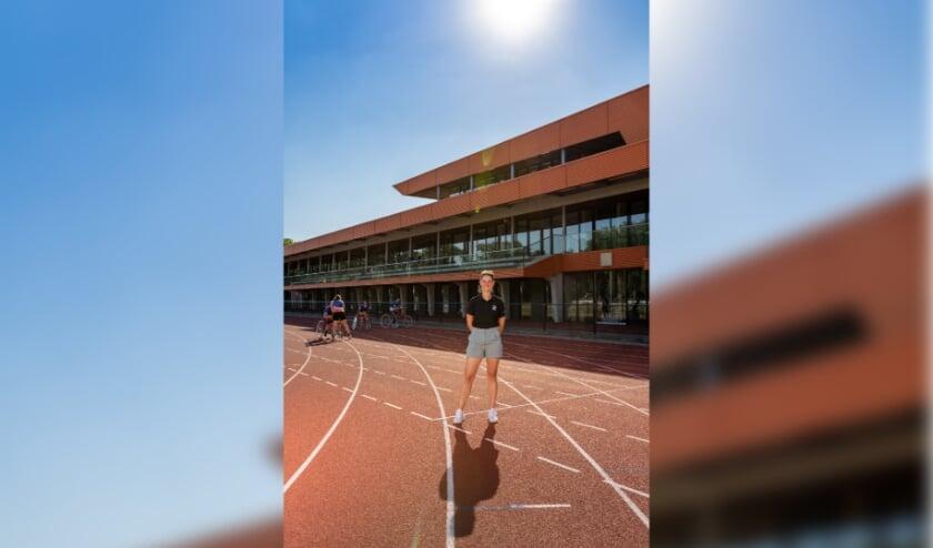 <p>Sanne van Mierlo is in de gemeente Eindhoven actief als beweegcoach bij Uniek Sporten Zuid-Brabant.</p>