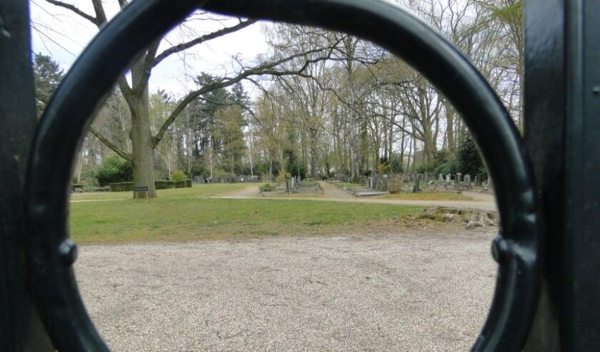 <p>De kosten voor begraven liggen in Rijssen - Holten boven het landelijk gemiddelde.</p>