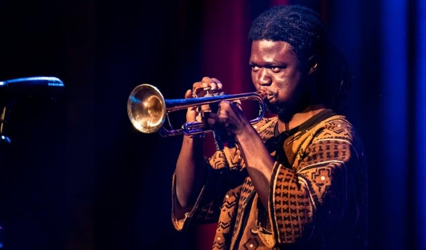 Peter Somuah tijdens de finale van de Erasmus Jazz Prijs 2021