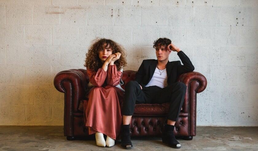 <p>Micah en Julia komen praten over talentontwikkeling. Ze treden treden tijdens de uitzendingen op 12 en 19 mei live op in de studio. </p>