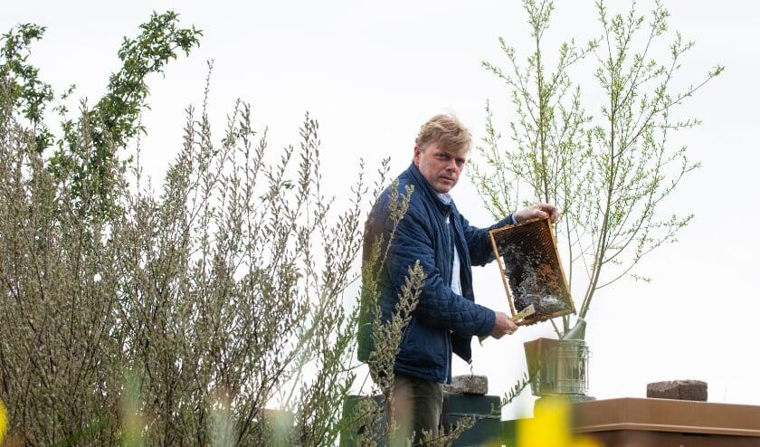 <p>Kees Verrips van De Werkbij uit Vaassen over z&#39;n visie. &quot;Wij hebben liefde voor bijen en voor mensen. Wij bieden iedereen een veilige arbeidsplek.&quot;</p>