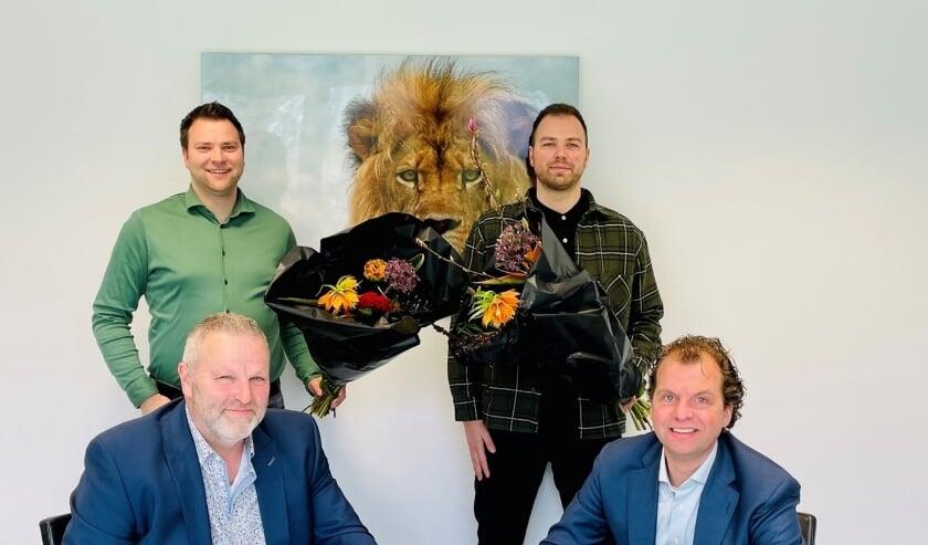 <p>Achterste rij: Herbert van Doorn (Operationeel Directeur, Remedie Arbo) en Rick van Doorn (Technisch- en Commercieel Directeur, Remedie Arbo). Voorste rij: Rob van Doorn (Algemeen Directeur, Remedie Arbo) en Gaston Merckelbagh (Directeur, EVI)</p>