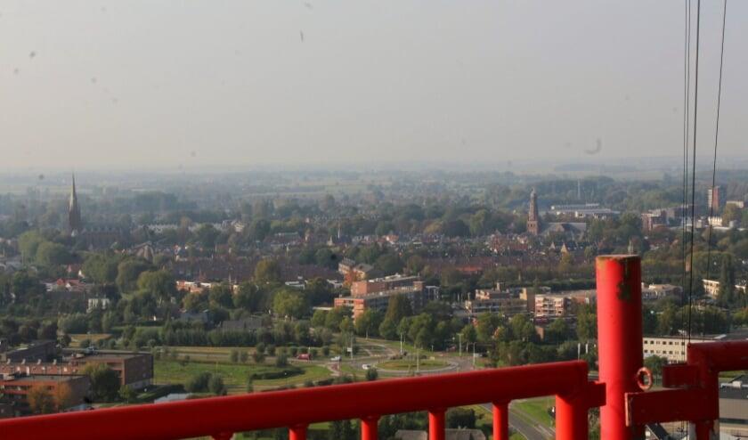 <p>Tussen kerken, molen, Gerbrandytoren en omliggend gebied neemt de bedrijvigheid van IJsselstein weer toe.</p>
