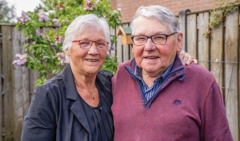 <p>Diamanten echtpaar Piet en Maria Wilting - Buurman.</p>