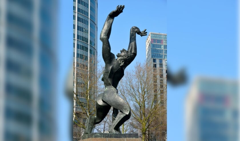 <p>Het beeld, dat symbool staat voor de verwoesting van het oude stadscentrum, houdt de gemoederen van de Rotterdammers al decennia bezig.&nbsp;</p>