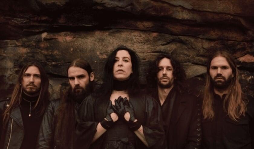<p>Raven van Dorst met band Dool.</p>