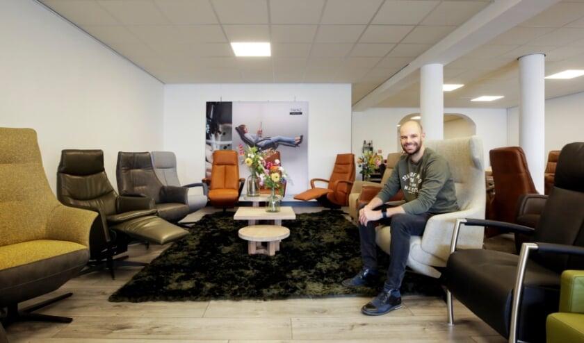 <p>Marco Brans opende onlangs zijn nieuwe zaak: Dit Zit in Riethoven. Foto: Jurgen van Hoof&nbsp;</p>
