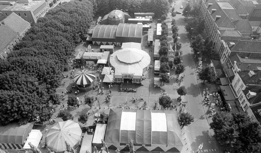 <p>Theaterfestival Boulevard op de Parade in 1989.</p>