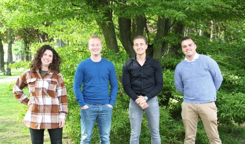<p>Evi van de Ven (contactpersoon van Samen voor Valkenswaard voor de jongeren), Loek Timmermans, Chris van Deursen en Bryan Daris. &nbsp;</p>