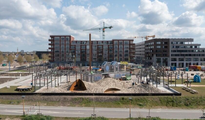 <p>De expositie RAUM der Lusten is onlangs geopend, men kan de installaties bekijken op het Berlijnplein. Foto: Ossip Architectuur Fotografie</p>