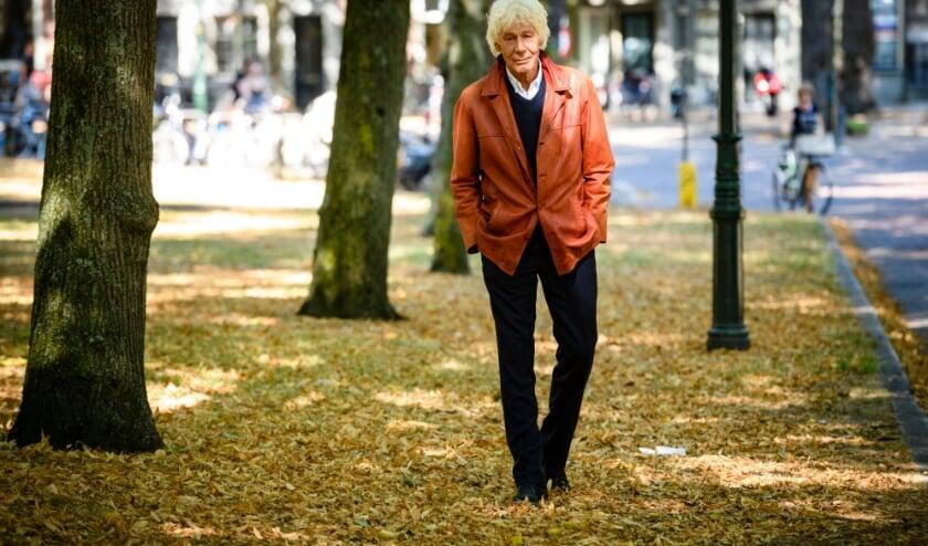 <p>Paul op zijn geliefde Lange Voorhout</p>