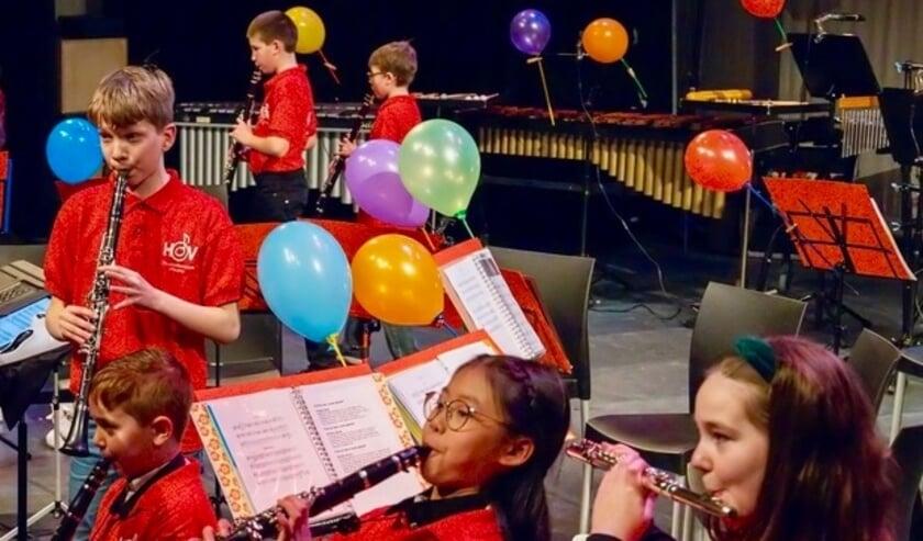 <p>Harmonieorkest Vleuten heeft ruim tweehonderd actieve leden, die met veel plezier en op alle niveaus muziek maken. Eigen foto</p>