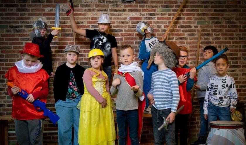<p>De kinderen kozen ervoor om De Nachtwacht van Rembrandt tot leven te wekken. Eigen foto</p>