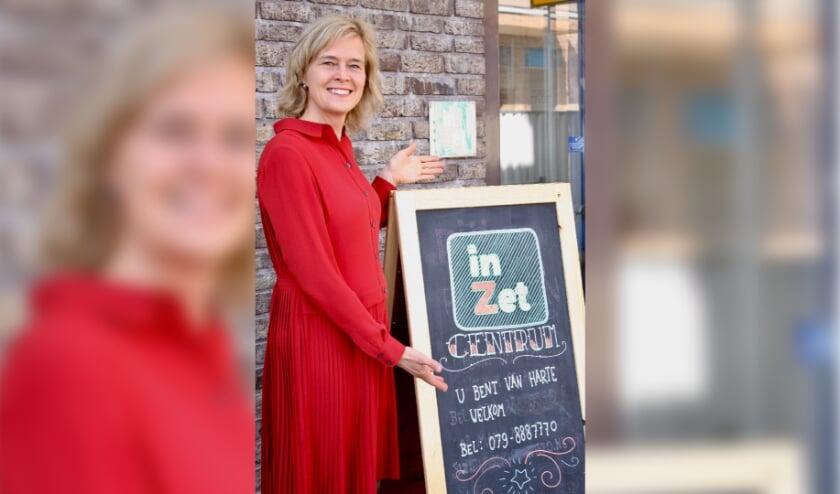 <p>Wethouder Ingeborg ter Laak bij InZet Cemtrum. Foto: Antoinette Souren.</p>