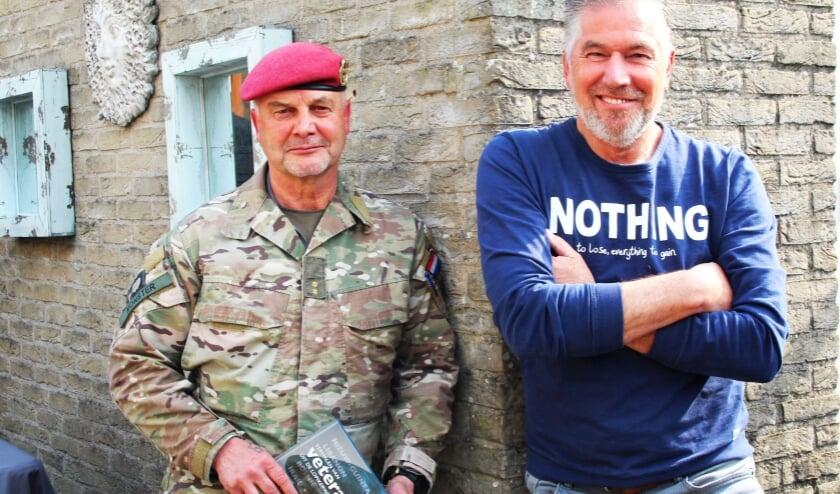 <p>Veteranen Ton Monster &nbsp;en John van Houten maken zich sterk voor (h)erkenning van veteranen. Het boek helpt daarbij.</p>