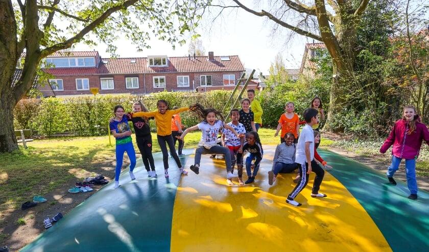 <p>Kinderen leven zich uit bij ASV d&rsquo;Ekker. De speeltuin is nog op zoek naar vrijwilligers.</p>