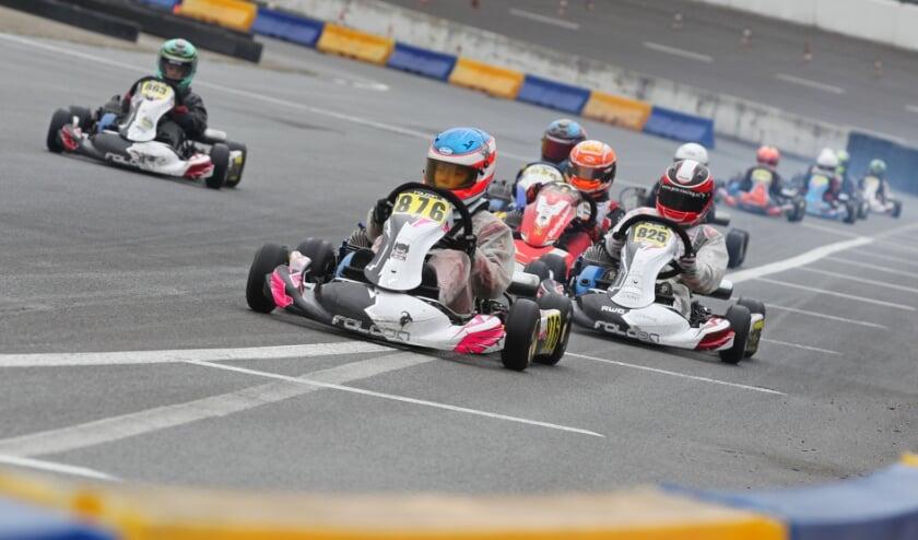 <p>&nbsp;Eva Dorrestijn werd afgelopen weekeinde tweede tussen de jongens in de Mini Parilla-klasse tijdens de GK4 Kart Series.</p>