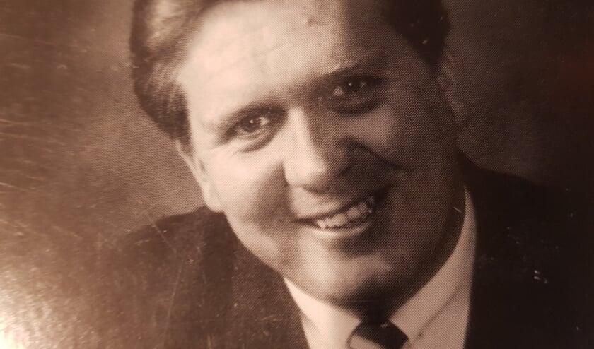 <p>Bert van Nieuwenhuizen was allereerst de Zeister journalist die van alles op de hoogte was en een enorm netwerk had.</p>
