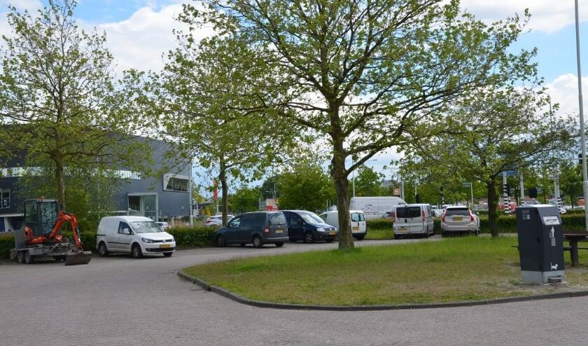 <p>Er wordt momenteel al goed gebruik gemaakt van de carpoolplaats tegenover de voormalige Volvo-garage.</p>