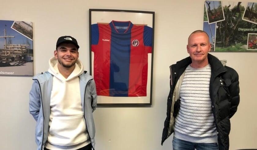 <p>Melchior Onderstal (links) met VVA- TC lid Henk van Ruiswjik. (Foto: Henk Jansen)</p>