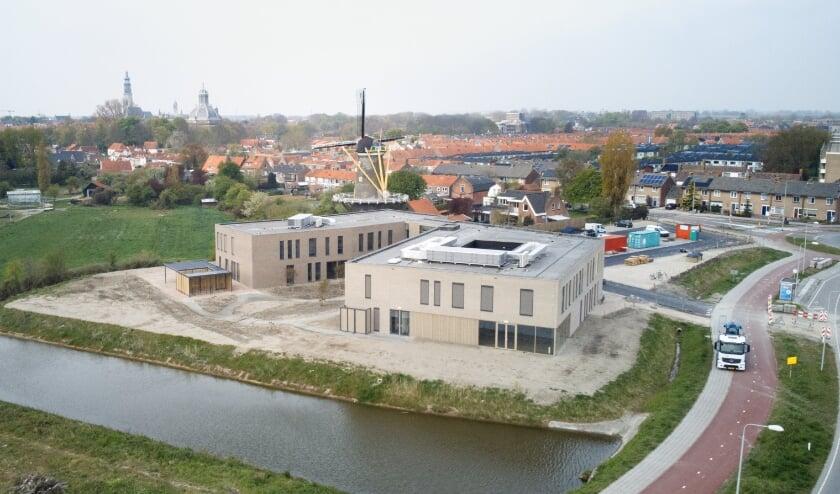 <p>In het volledig nieuw gebouwde Walchers Zorgknooppunt aan de rand van Middelburg openden deze week de eerste deuren.</p>