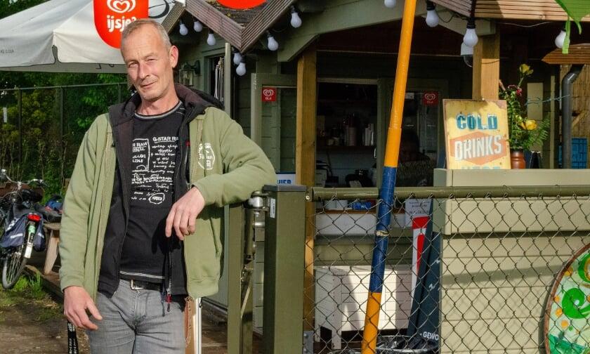 <p>Stefan Leemans is beheerder op de Stadscamping. Hij kan nog wel wat extra handjes hulp gebruiken. Iets voor jou?</p>