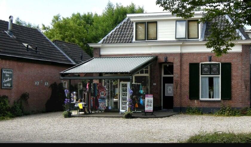 Parfumerie-Foto Evelien van Wijk te Maurik
