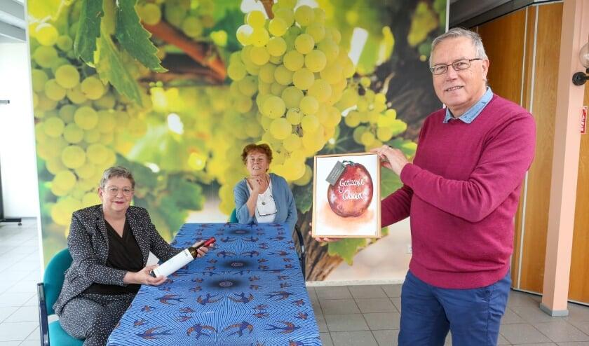 <p>V.l.n.r.: Wilma van Wijk, Jolande van Baardewijk en Paul Vlaardingerbroek.</p>