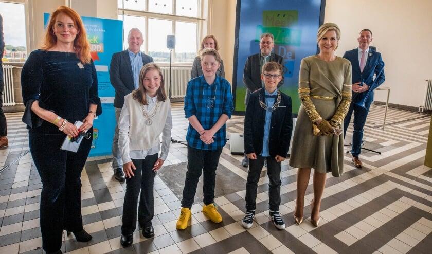 <p>Koningin M&aacute;xima bezocht als erevoorzitter van de stichting M&eacute;&eacute;r Muziek in de Klas Radio Kootwijk.</p>