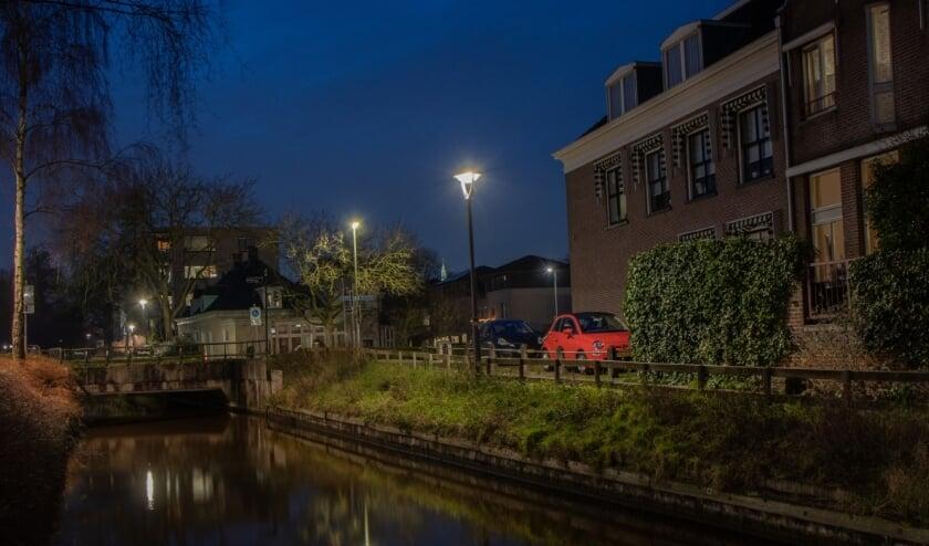 <p>De gemeente Alphen aan den Rijn heeft verschillende armaturen in het Stadshart laten ombouwen naar LED verlichting.</p>