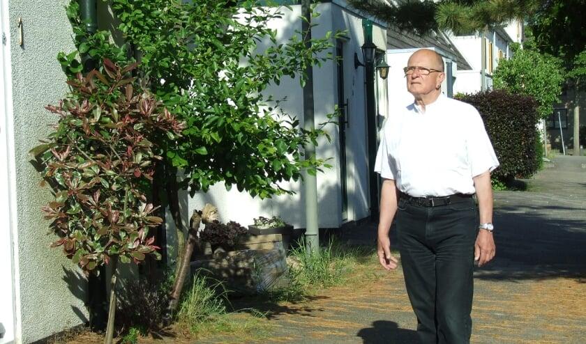 <p>Chris Zijdeveld komt weer eens kijken bij &#39;zijn&#39; energiezuinige huizen.</p>