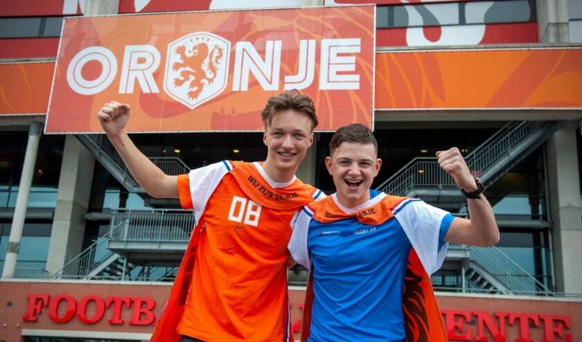 <p>Lars Woelders (rechts) en Stef Regerink zijn voor Oranje.&nbsp;</p>