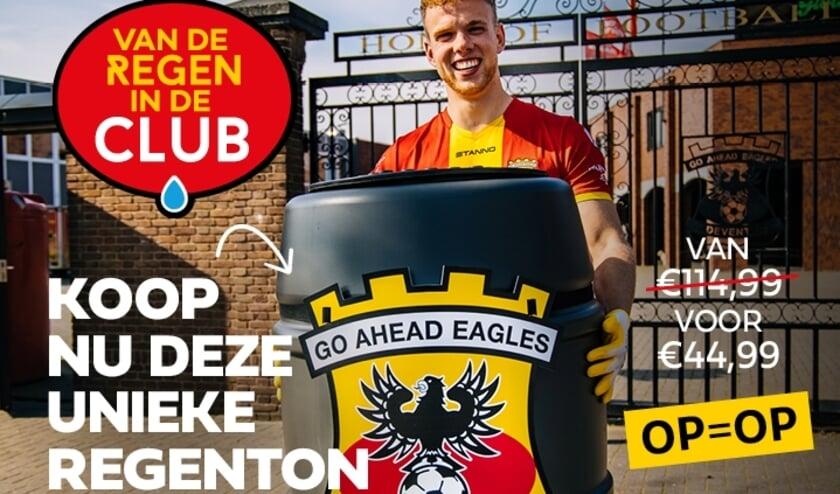 <p>OP = OP! Deze unieke Eagles Regenton kost slechts € 44,99 bij Intratuin Deventer (inclusief twee wedstrijdtickets en Intratuin-kortingsbon). (Foto: Rocketboys)</p>