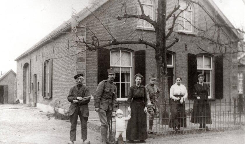 <p>Bennekom, 1918, allemaal op de foto.&nbsp;</p>