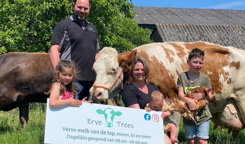 Familie Winterman met koe Trees 218